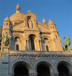 Front of Sacre Coeur Basilica - Place to See in Paris